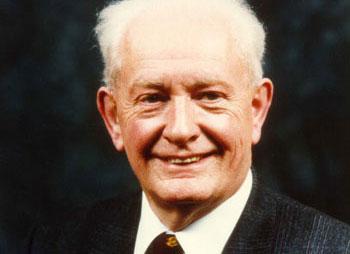 MRI pioneer John Mallard